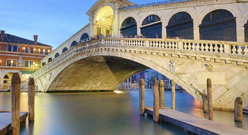 Hotel Le Boulevard Venice Holidays To Italy Blue Sea Holidays
